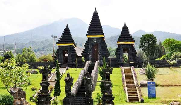 Pura yang Ada di Bali