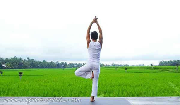 aktivitas yoga ubud