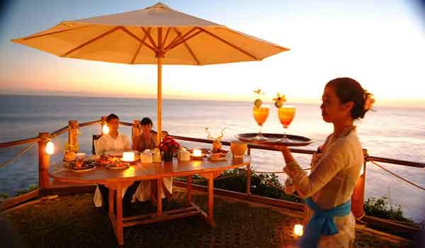 dinner pantai kedonganan bali